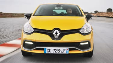 Renaultsport Clio 200 Turbo Liquid Yellow on track