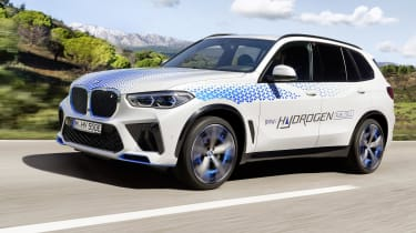 BMW iX5 front