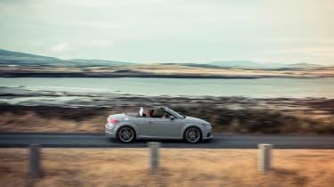 Audi TT facelift - side