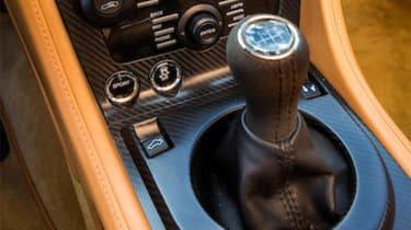 Aston Martin V12 Zagato Coupe – gear lever