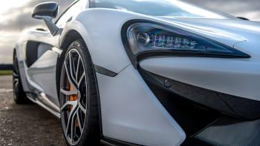 McLaren 570 GT Sportpack – headlight