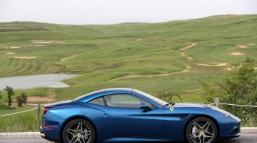 Ferrari California T - profile