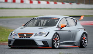 SEAT launches Leon Cup Racer