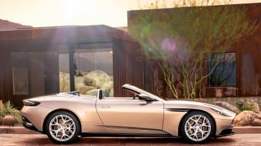 Aston Martin DB11 Volante - static