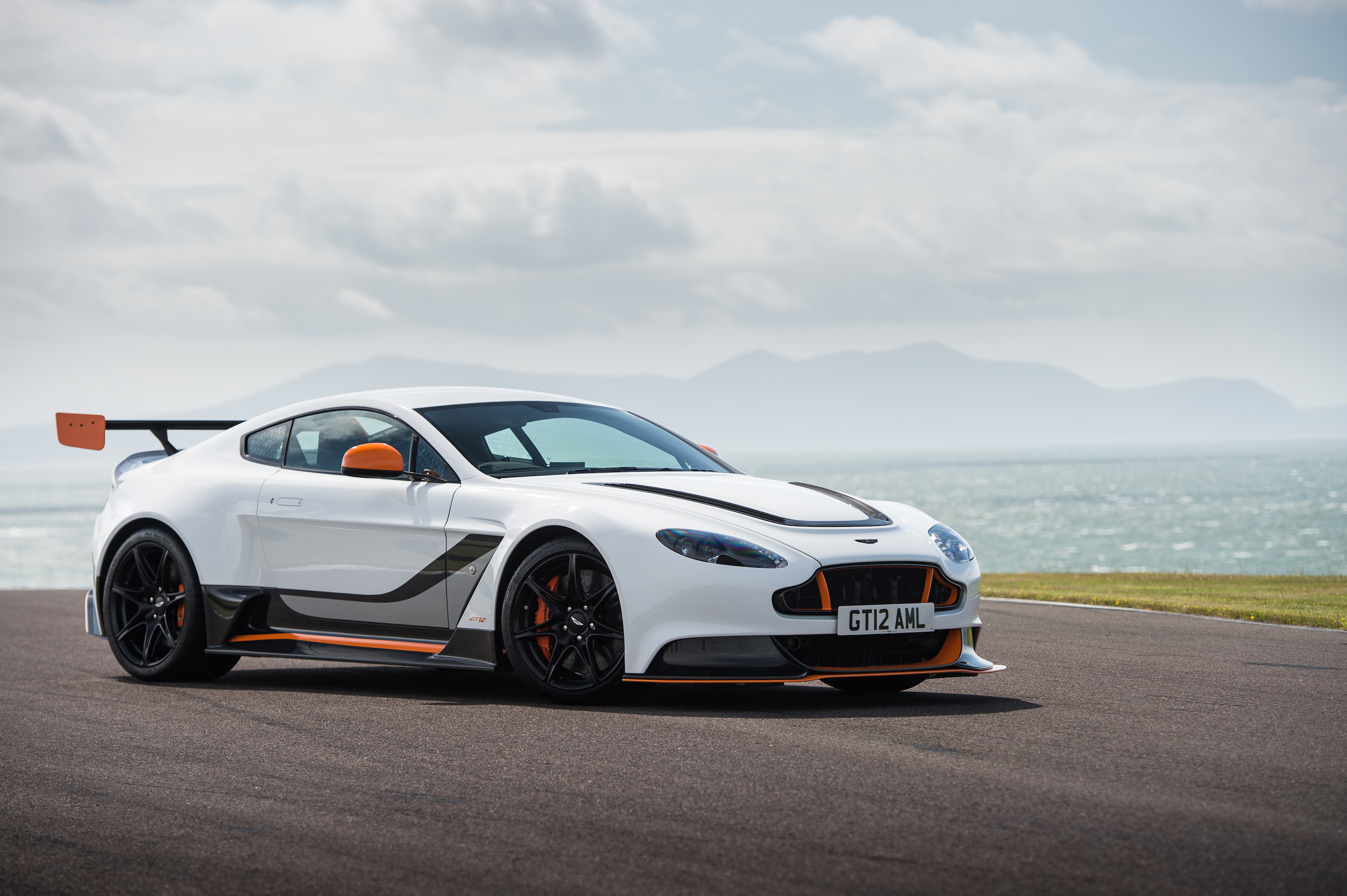 Aston Martin Vantage Gt12 Review Prices Specs And 0 60 Time Evo