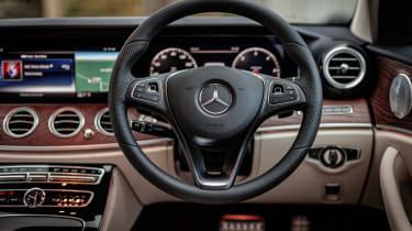 Mercedes E-class All-Terrain – steering wheel