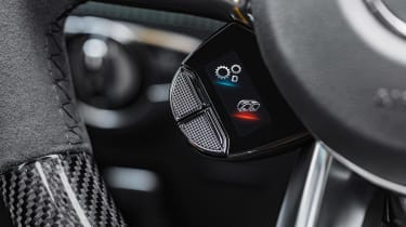 Mercedes-AMG GT 63 S - wheel buttons