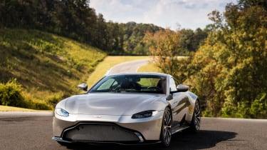 Aston Martin Vantage - silver tracking