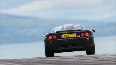 McLaren F1 - rear