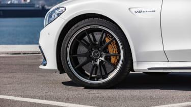 Mercedes-AMG C 63 S Coupe - white wheel
