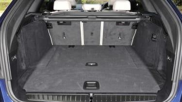 BMW 530d xDrive Touring boot