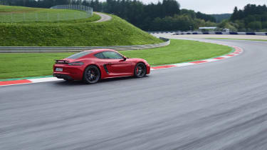718 Boxster and Cayman GTS - profile