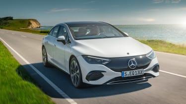 Mercedes-Benz EQE – nose