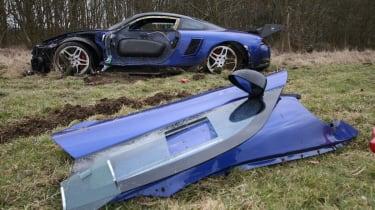 crashed 9ff GT9R with door