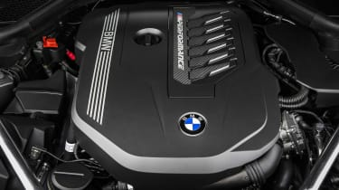 BMW Z4 M40i silver - engine
