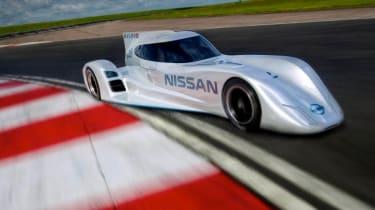 Nissan ZEOD RC electric Le Mans racer cornering