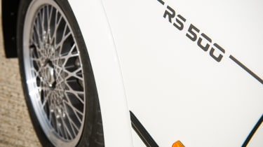 Ford Sierra Cosworth RS500 – fender RS500 sticker