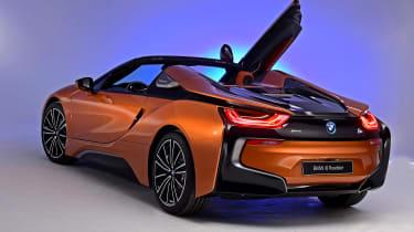 BMW i8 Roadster - door open