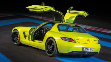 Mercedes SL Electric gullwing door