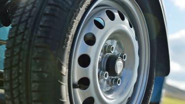 Caterham Seven 160 14 inch steel wheel Avon tyre