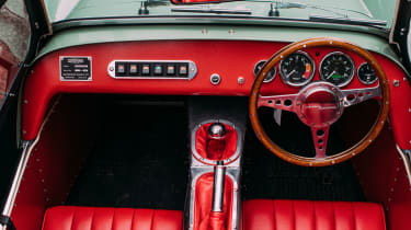 Caterham Seven Sprint - Interior