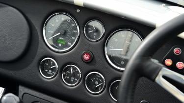 AC Cobra 378 Superblower MkIV - dials