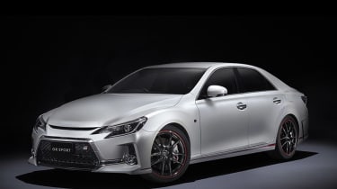 Toyota Mark X - front