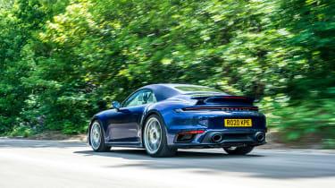 Porsche 911 Turbo S Cabriolet – rear tracking