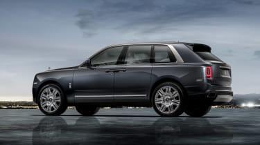 Rolls Royce Cullinan - side
