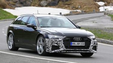 Audi RS6 Avant spy - turning