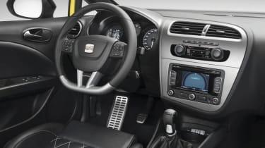 SEAT Leon Cupra [interior]