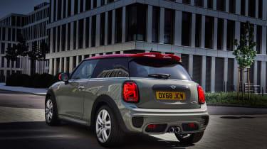 Mini John Cooper Works hatch 2019 facelift rear