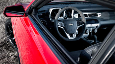 Chevrolet Camaro Z/28 - interior