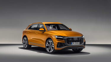 Audi Q8 TDI - front studi
