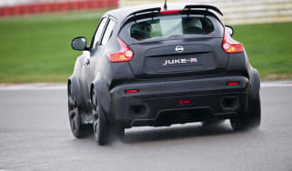 Video: Driving the Nissan Juke-R