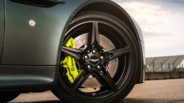 Aston Martin AMR Vantage - V8 Wheels