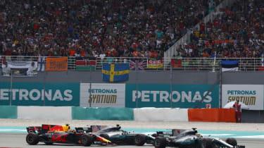 F1 Malaysia - RB overtake