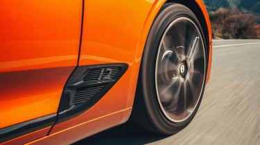 Bentley Continental GT Convertible drive - wheel