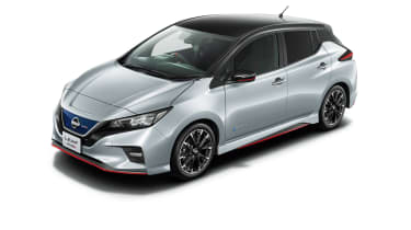 Nissan Leaf Nismo silver with black roof
