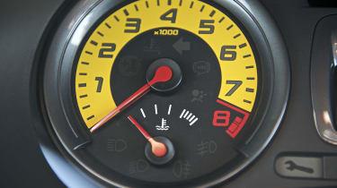 Renaultsport Clio 200 Cup dashboard instrument