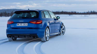 Audi RS3 - snow rear static