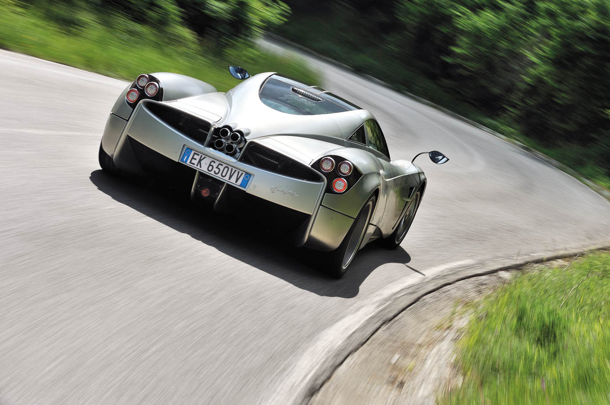 Pagani Huayra Review Video And Pictures Evo