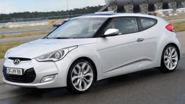 Hyundai Veloster coupe prices and specs