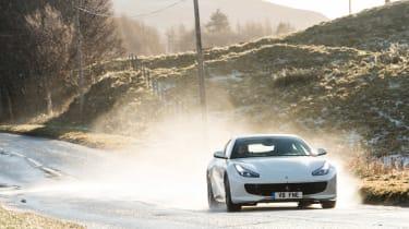 Ferrari GTC4 Lusso T - front