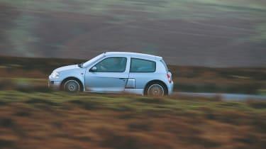 Renault Sport Clio V6 silver