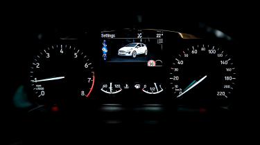 Ford Fiesta Active – instrument cluster