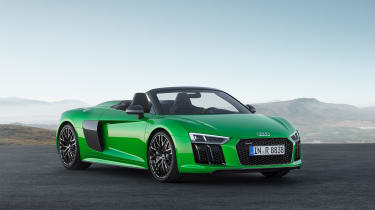 Audi R8 Plus Spyder - Front roof down