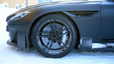 Aston Vanquish winter spy - wheel