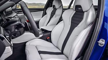 BMW M5 F90 - Blue seats