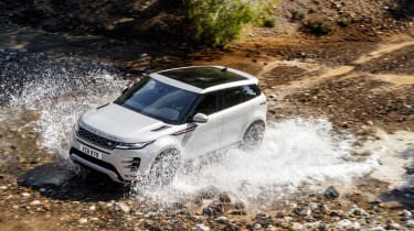 2019 Range Rover Evoque silver - off road